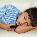 4 Ways a Sedentary Lifestyle Contributes to Back Pain in Children