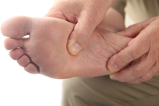 How Aching Feet can Lead to Back Pain in Los Angeles CA