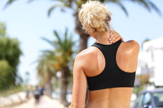 5 Ways to Treat Upper Back Pain in Los Angeles, CA
