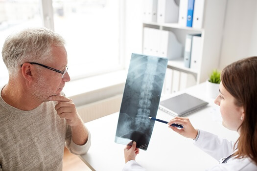 Optimizing Your Consultation with a Spine Specialist in Los Angeles, CA