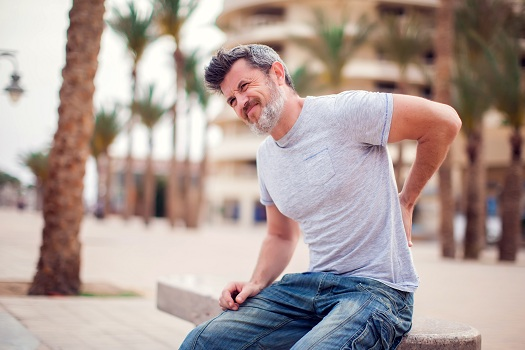 A Summary of Various Forms of Back Pain in Los Angeles, CA