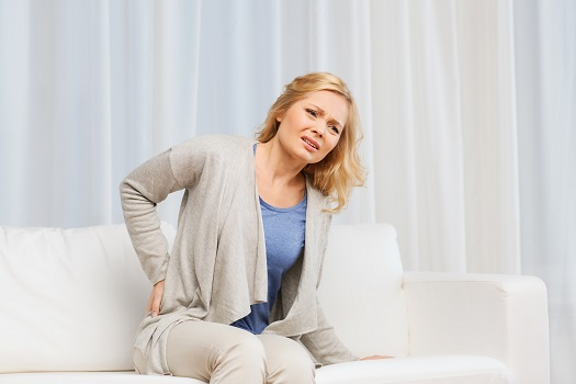 Causes & Treatment of Pain in the Middle Back in Los Angeles, CA
