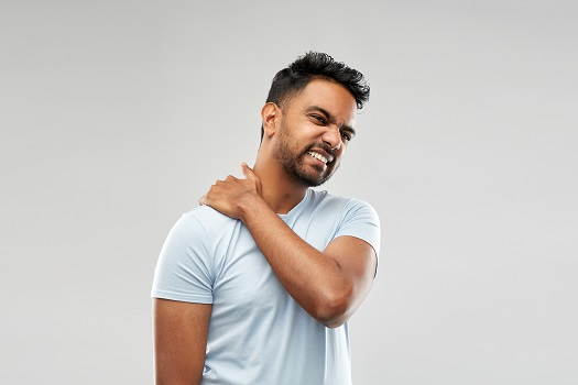 Tips to Relieve Neck Discomfort in Los Angeles, CA