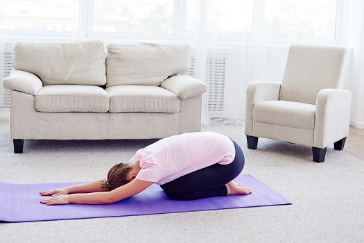 Yoga Poses that Can Relieve Scoliosis Symptoms in Los Angeles, CA