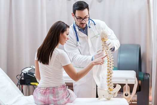 Can the Spine Realign Itself in Los Angeles, CA